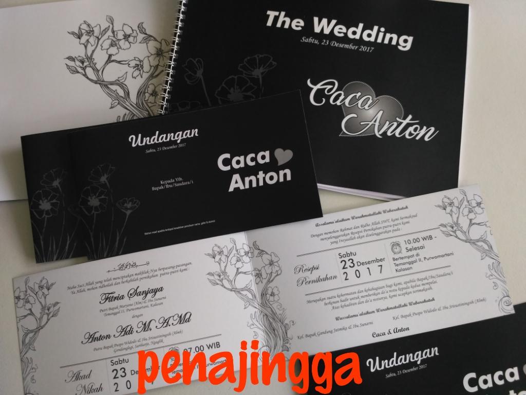 Undangan Pernikahan satu Warna